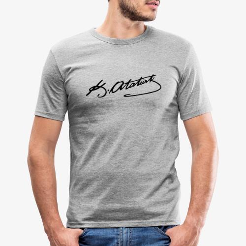 Mustafa Kemal Atatürk - Männer Slim Fit T-Shirt