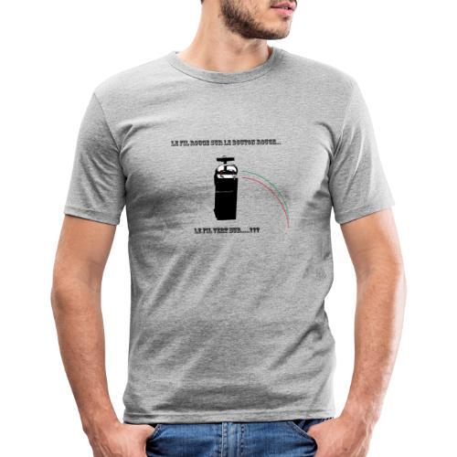 le fil rouge sur le bouton rouge - T-shirt près du corps Homme