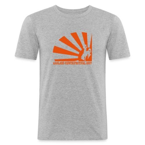 akf07 tv2 - Slim Fit T-skjorte for menn
