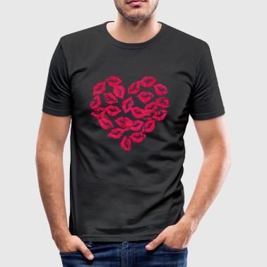 Kissing Lips Heart - Miesten tyköistuva t-paita