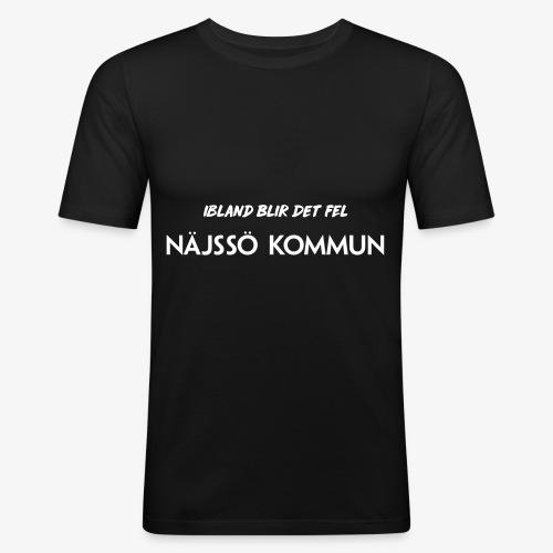 NÄJSSÖ KOMMUN - ibland blir det fel - Slim Fit T-shirt herr