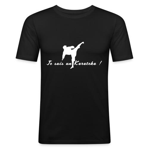 Je suis un karatéka 2 - T-shirt près du corps Homme