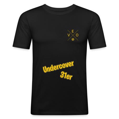 Undercover 31er - Männer Slim Fit T-Shirt