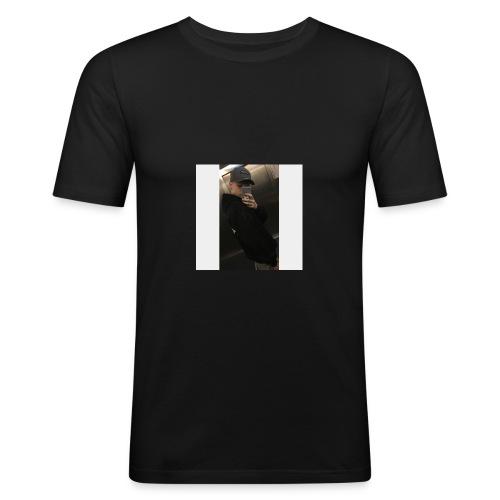 BA80C209 16A1 4922 A413 3AC27CF6680E - Männer Slim Fit T-Shirt