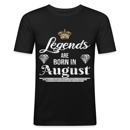 Legends are born in August Geburtstag im August - Männer Slim Fit T-Shirt