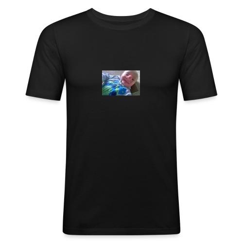 baby-boy-ollie-called-reallife-pinocchio-after-bra - Slim Fit T-skjorte for menn