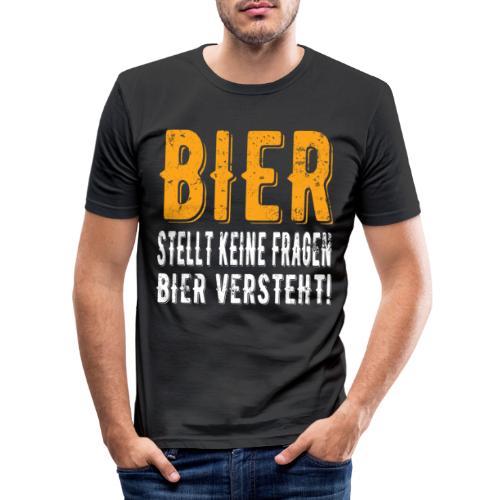 Bier stellt keine Fragen Bier verteht Vintage - Männer Slim Fit T-Shirt