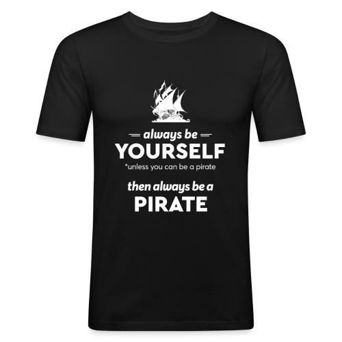 Be a pirate! (light version) - Men's Slim Fit T-Shirt