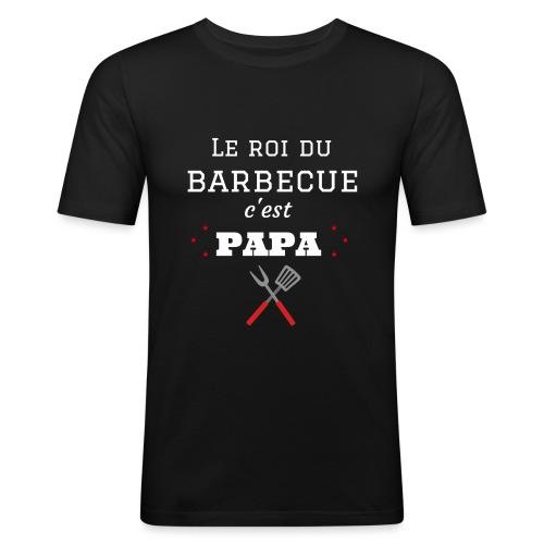 t-shirt fete des pères roi du barbecue c'est papa - T-shirt près du corps Homme