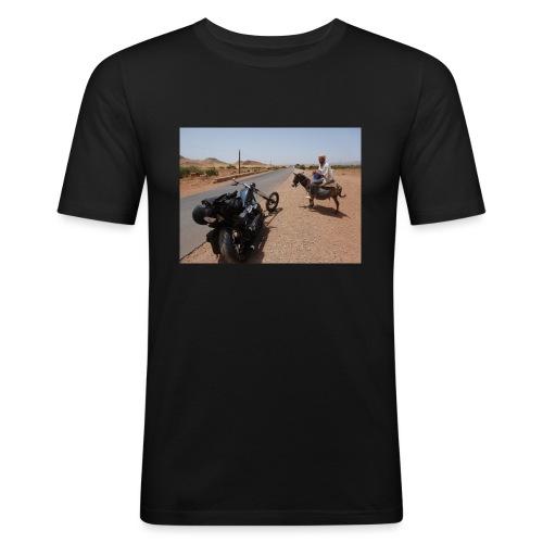 UN MARTIEN - T-shirt près du corps Homme