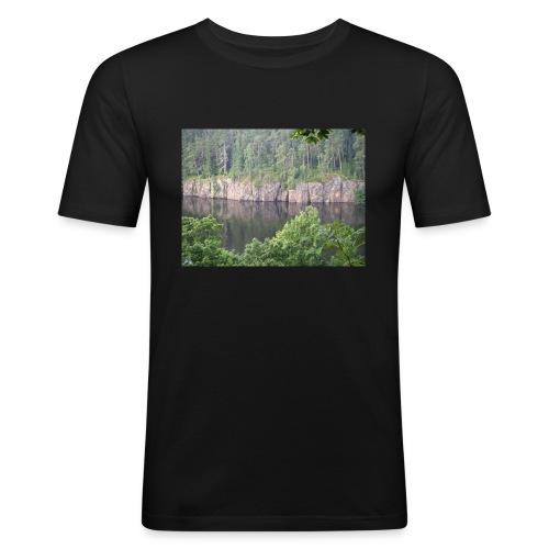 Laatokan maisemissa - Miesten tyköistuva t-paita