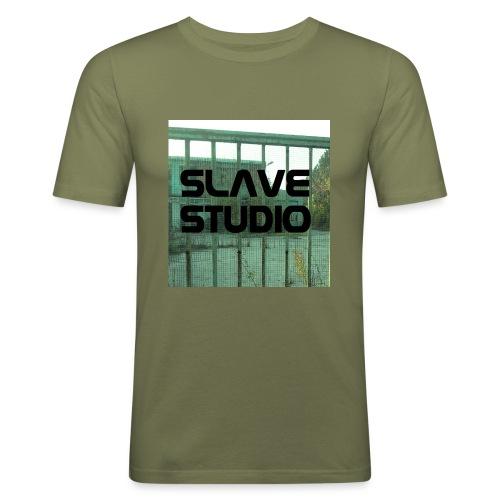 Logo_SLAVE_STUDIO_1518x1572 - Maglietta aderente da uomo