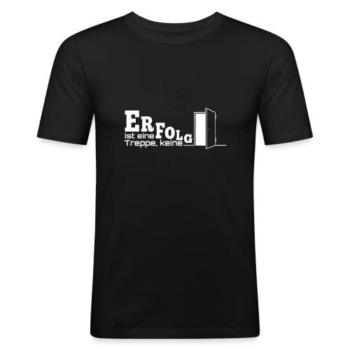ERFOLGSTREPPE - Männer Slim Fit T-Shirt