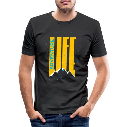 Adventure Life Wandern Klettern Mountain Outdoor - Männer Slim Fit T-Shirt