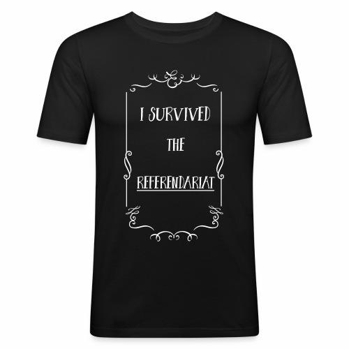 I survived the Referendariat - Männer Slim Fit T-Shirt