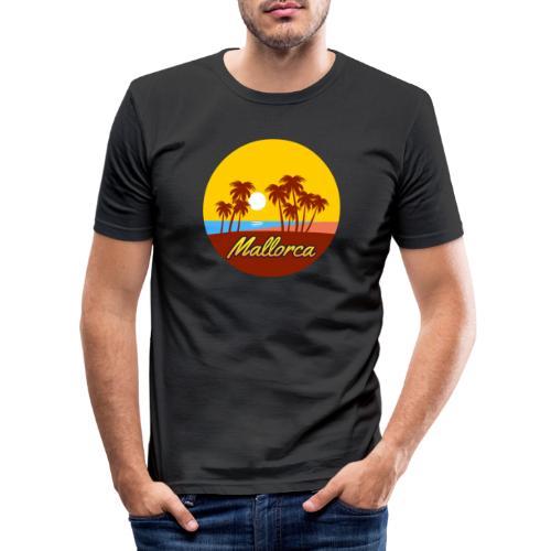 Mallorca - Als Geschenk oder Geschenkidee - Männer Slim Fit T-Shirt