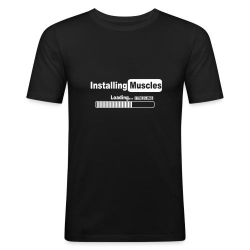 installing muscles2 - T-shirt près du corps Homme