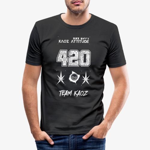 // Team Kaoz 420 Football Shirt - Männer Slim Fit T-Shirt