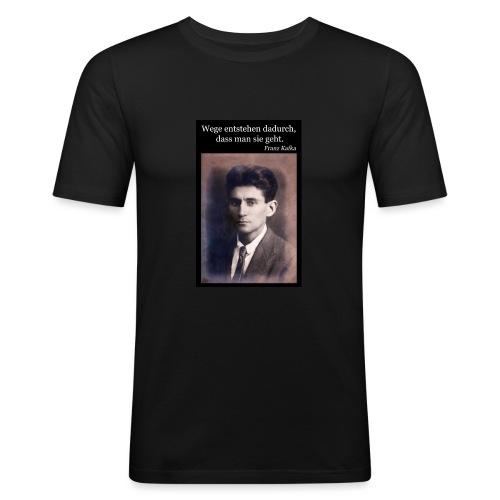 Kafka - Wege entstehen dadurch, dass man sie geht. - Männer Slim Fit T-Shirt