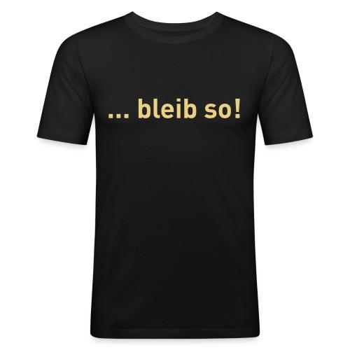 CS2Tshirt vorne ai - Männer Slim Fit T-Shirt