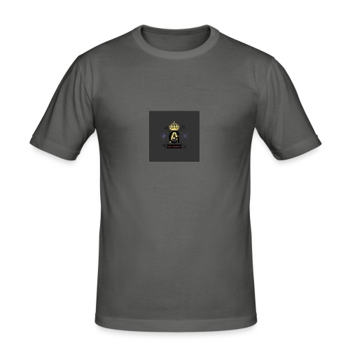 8FEA8468 DA77 498A A2B1 7BBD7C3EFF65 - Männer Slim Fit T-Shirt