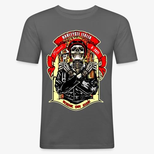 Teschio con casco, birra e chiave inglese - Maglietta aderente da uomo