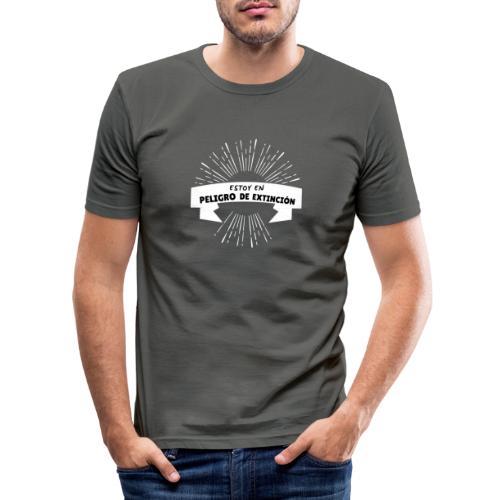 Peligro de extinción - Camiseta ajustada hombre