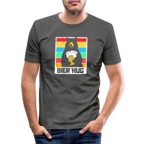 Bier Umarmung - Männer Slim Fit T-Shirt