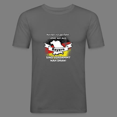 Perfekt Bayern - Männer Slim Fit T-Shirt