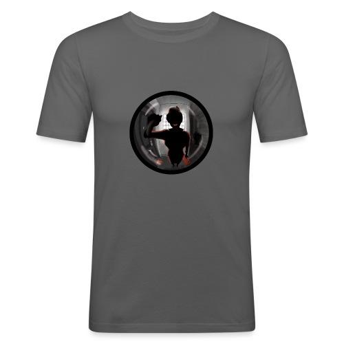 AZAFATA DEL MALETIN ROJO - Camiseta ajustada hombre
