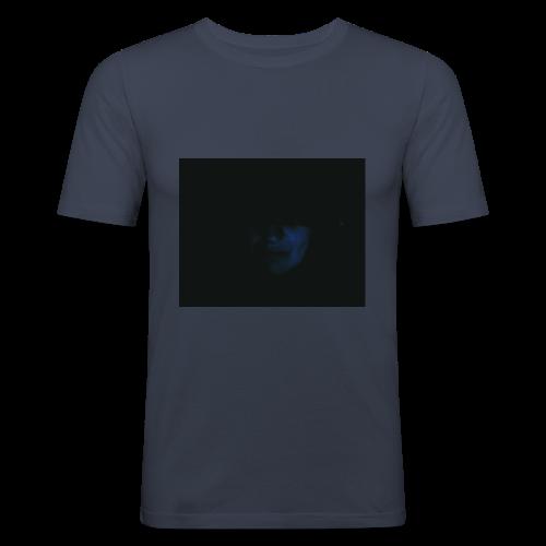 VOLTO NELL'OMBRA - Maglietta aderente da uomo