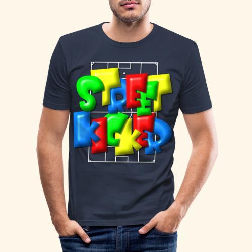 Streek Kicker im Fußballfeld - Balloon-Style - Männer Slim Fit T-Shirt