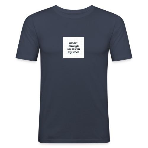 cap woes - Mannen slim fit T-shirt