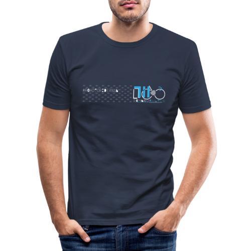 711.rennradkultur - Road to Riderman - weiss/blau - Männer Slim Fit T-Shirt