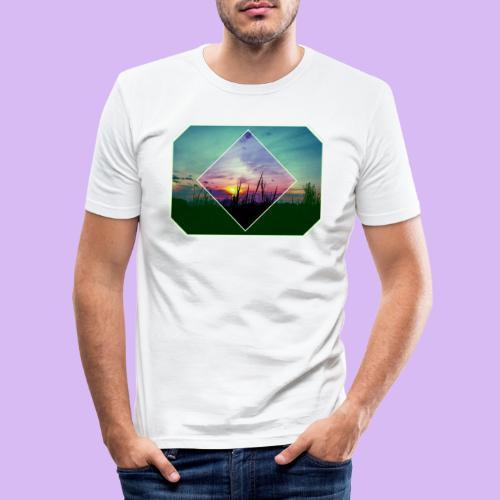 Tramonto in risalto tra figure geometriche - Maglietta aderente da uomo