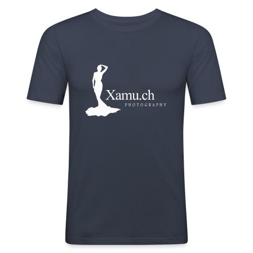 logoxamuweiss_gross_kl - Männer Slim Fit T-Shirt