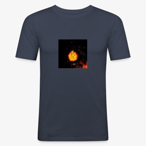 FIRE BEAST - slim fit T-shirt