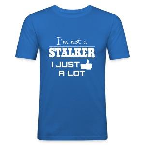 I`M ET Stalker I Just isolta (hauska paita) - Miesten tyköistuva t-paita