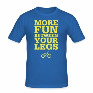 More Fun - Männer Slim Fit T-Shirt