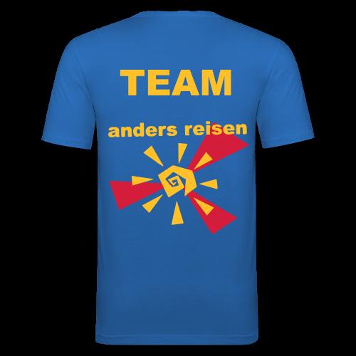 AndersReisen Teamer - Männer Slim Fit T-Shirt