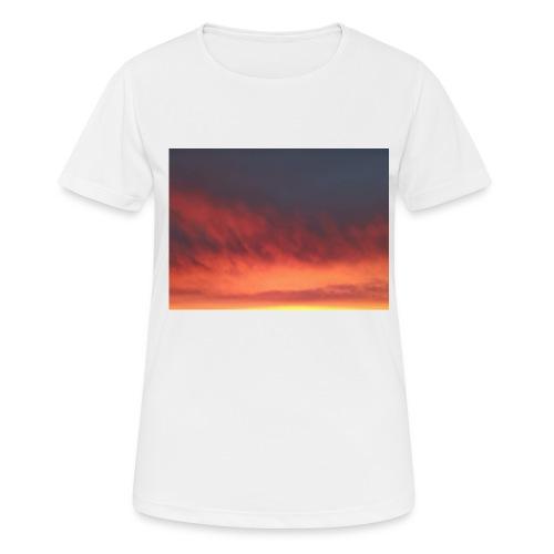 Screenshot 20200319 134236 Photos - Pustende T-skjorte for kvinner