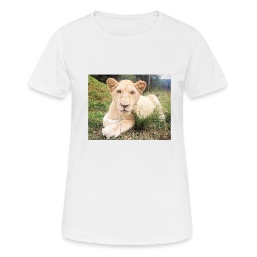 10536 2Cmoomba groot - Women's Breathable T-Shirt