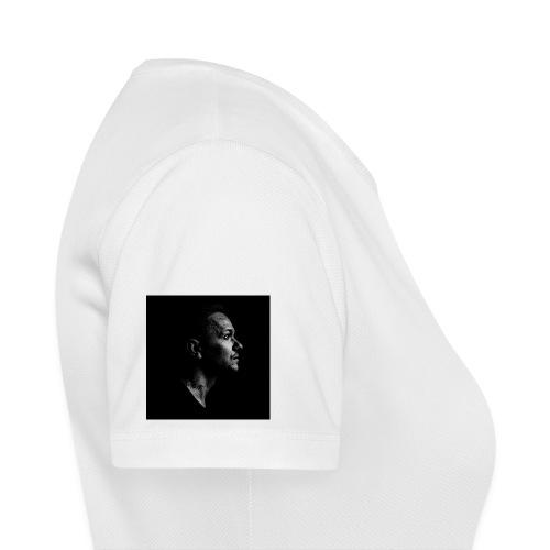Ryu Flame Porträt - Frauen T-Shirt atmungsaktiv
