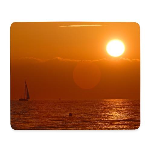 Segelboot im Sonnenuntergang - Mousepad (Querformat)