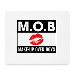 Make-up Over Boys - Muismatje (landscape)
