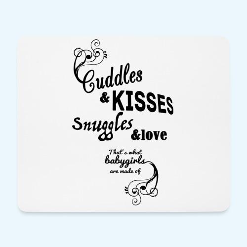 Cuddles and Kisses (Girls) - Muismatje (landscape)